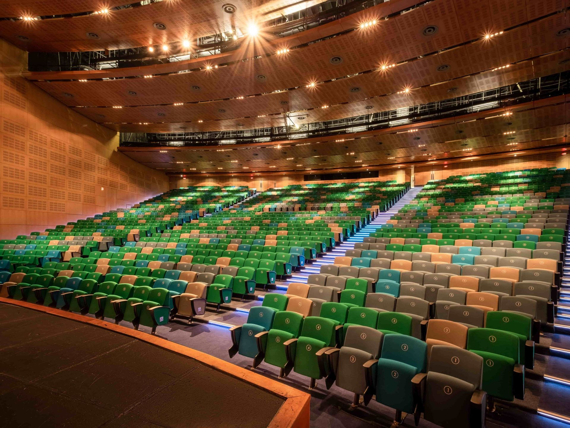 CTICC - auditorium 1 - 2 Cropped-min